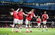 Cầu thủ Ngoại hạng Anh bị chỉ trích vì trì hoãn giảm lương