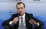 Chủ tịch đảng Nước Nga Thống nhất Medvedev ốm, ho nghiêm trọng: Hủy gấp sự kiện quan trọng ngày bầu cử