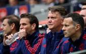 Van Gaal 'tố' cầu thủ M.U thiếu chuyên nghiệp, suýt đưa Lewandowski về