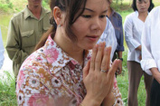 Phan Thị Bích Hằng và chuyện các nhà ngoại cảm