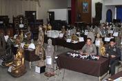 Vụ tham nhũng chấn động Hoàng gia Thái Lan