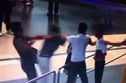 Nữ nhân viên hàng không bị đánh ở sân bay Nội Bài