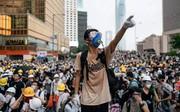 Hàng chục nghìn người Hong Kong tiếp tục xuống đường biểu tình