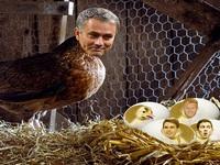 Bỏ mặc Chelsea bại trận, Abramovich du lịch bằng... xe đạp
