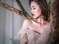 'Bà Tưng' Lê Huyền Anh xin lỗi phụ huynh vì làm hư các em 10x