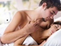 """Lý giải về bệnh """"cuồng yêu"""" ở phái nữ"""