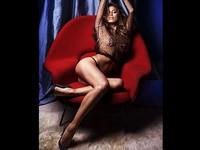 Nasri du hý cùng siêu mẫu, Ashley Cole lộ ảnh… hôi nách