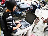 Giả mang thai xin tiền chích ma túy trên đường Sài Gòn