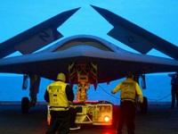 F-35B Lightning II bắt đầu bay thử trên tàu đổ bộ