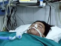 Tỉnh dậy sau đột quỵ, bệnh nhân giết bác sĩ, cướp xe