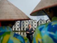 Chồng lên bìa Forbes, vợ Phạm Nhật Vượng kiếm bạc tỷ
