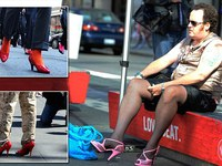 Mỹ nhân Trung Quốc khỏa thân chạy nhảy tán loạn trên phố
