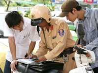 Tự ý thay đổi kết cấu xe máy sẽ bị phạt bao nhiêu?