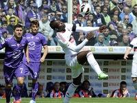 """""""Dâng"""" Real bất thành, Balotelli đột ngột chia tay cô bồ bốc lửa"""