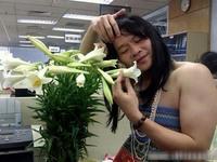 Kỳ nhân xứ Việt - Kỳ 3: Người không tay chơi đàn và nhà thơ mù