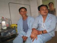 Bắc Ninh: Con trai chém điên loạn khiến bố lòi ruột