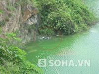 TP.HCM: Xe máy bốc cháy bất ngờ trước cửa hầm vượt sông Sài Gòn