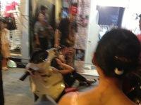 Bà Tưng chịu thua Yanbi và Andrea đóng