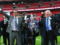Chế - Vui - Độc: Gareth Bale và Villas-Boas được phép ngủ với nhau