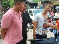 """Mang đao và kiếm """"diễu phố"""", bị 141 bắt giữ"""