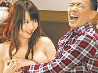 Căng thẳng vì cảnh nóng với diễn viên phim cấp 3 Nhật Bản