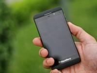 Cận cảnh Blackberry Z10 - 'Hot phone 2014