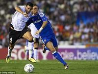 "Gạch tên Milan, Valencia muốn bán ""sao"" cho Man United"