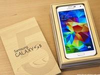 Galaxy S5 vừa ra mắt đã gặp hỏng camera