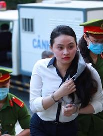 Nóng phiên xử: Trùm ma túy Văn Kính Dương từ chối toàn bộ luật sư bào chữa, kiên quyết giữ im lặng chờ luật sư mới