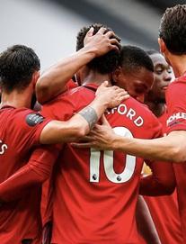 Tái hiện chiến tích phi thường của Ronaldo-Tevez, Man United đại thắng 5 sao, thẳng tiến vào top 4