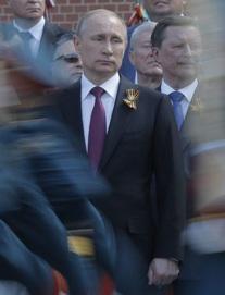 """Lời giải thích khó tin về Navalny trở thành thảm họa, Tổng thống Putin khiến Nga """"lãnh đủ""""?"""