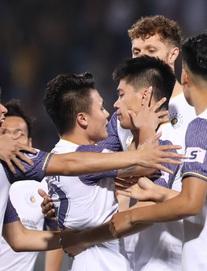 TRỰC TIẾP Hà Nội FC 1-0 Than Quảng Ninh: Chủ nhà bất ngờ ghi bàn sớm, bầu Hiển bớt gánh lo