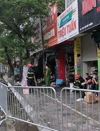 [ẢNH] Hiện trường vụ cháy cửa hàng bán đồ trẻ em khiến 4 người trong gia đình tử vong