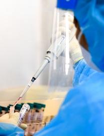 1 bác sĩ Bệnh viện Phổi Trung ương dương tính với SARS-CoV-2