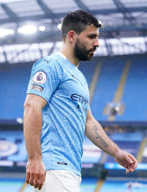 """Aguero ném đi cơ hội """"vàng ròng"""", Man City """"delay"""" đăng quang, run rẩy trước CK Champions League"""