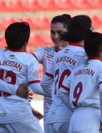 Tuyển Việt Nam rộng cửa vào VCK giải châu Á dù đối thủ sớm ghi bàn ngay phút đầu tiên
