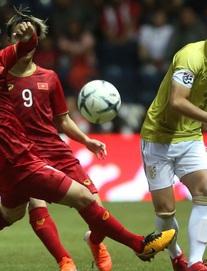 Xem TRỰC TIẾP Việt Nam vs Thái Lan: HLV Park Hang-seo dùng đội hình hạ UAE để đón tiếp Thái Lan