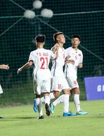 """TRỰC TIẾP Việt Nam 4-0 Mông Cổ: """"Mưa bàn thắng"""" nặng hạt ở trung tâm VFF"""