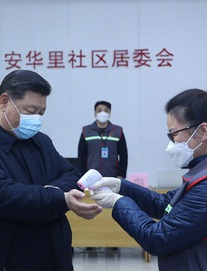 [ẢNH, VIDEO] Chủ tịch TQ Tập Cận Bình lần đầu xuất hiện ở tuyến đầu chống dịch viêm phổi do virus corona (NCP)