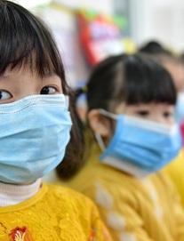 Bộ trưởng Giáo dục đề nghị cho học sinh nghỉ hết tháng 2 để phòng dịch Covid-19