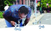 """Dân New York nói về hệ thống nước máy của mình: Chúng tôi được uống """"sâm panh"""" mỗi ngày"""