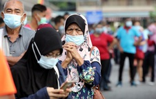 """Dịch Covid-19: Cảnh báo """"biến thể siêu lây nhiễm"""" tại Malaysia, Ấn Độ đã qua đỉnh dịch"""