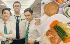 Bí mật về menu đồ ăn của tiếp viên hàng không được trai đẹp tiết lộ, ai xem xong đều há hốc mồm vì sự thật bấy lâu nay đã sáng tỏ