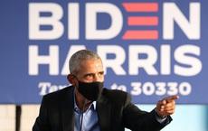 """""""Át chủ bài"""" Obama tái xuất, trực tiếp công kích TT Trump ở bang chiến địa: Phe Dân chủ quyết chơi """"tất tay""""?"""