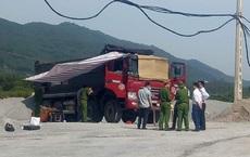 Nam tài xế gục chết trên cabin xe ben trong lúc chờ lấy nhựa đường
