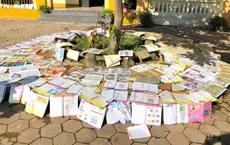 Lũ đi qua, hàng loạt học sinh ở Hà Tĩnh thiếu sách vở đến trường