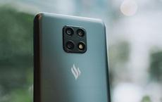 """Điện thoại Vsmart có camera ẩn vừa ra mắt đã cháy hàng, những người """"anh em"""" trước đó đồng loạt giảm giá"""