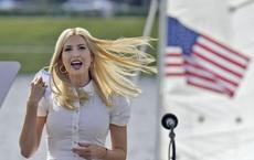 Một ngày bận rộn của gia đình TT Trump: Đệ nhất phu nhân và ái nữ ra sức vận động cử tri