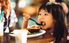 Thường xuyên làm 6 việc này, các bậc cha mẹ đang trực tiếp gây hại cho con mà không hay: Bạn có phạm phải việc nào không?