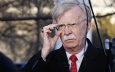"""Cựu cố vấn diều hâu John Bolton: """"Tôi nghĩ ông Trump đang ném đá qua cửa sổ"""""""